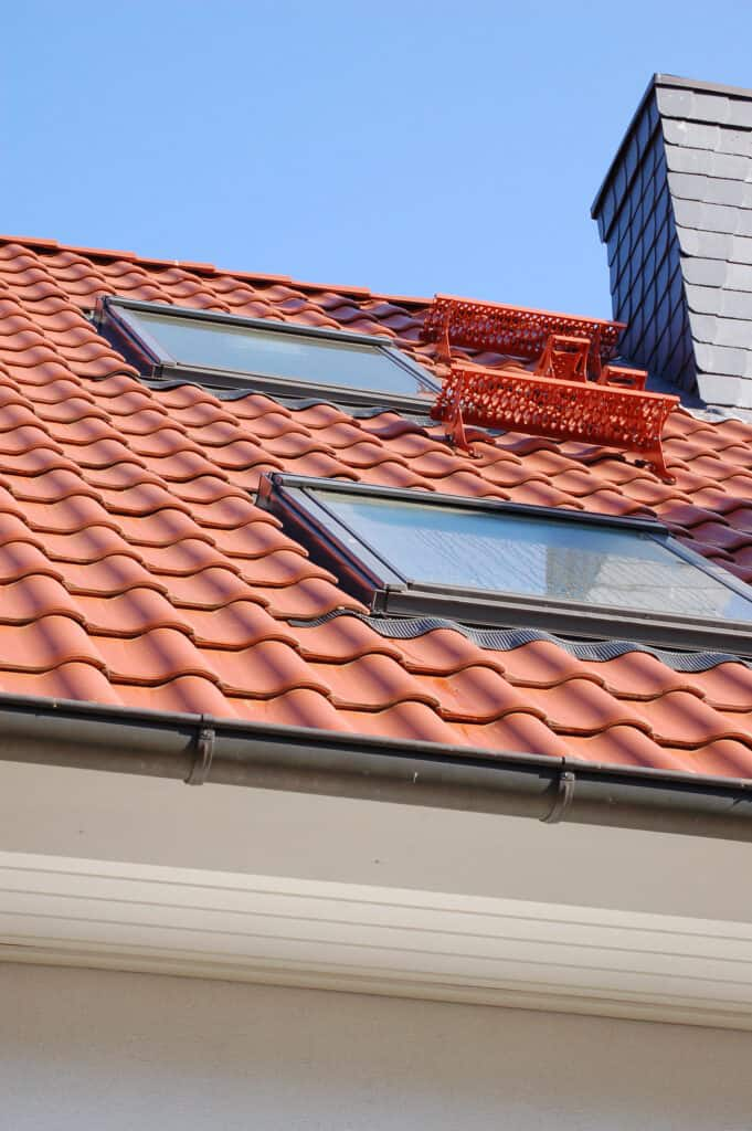"""<a href=""""/leistungen/fachflaechenfenster/"""">Dachflächenfenster</a>"""